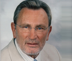 Dr. Rainer Radloff